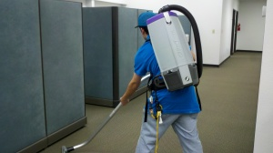 Metro Cleaning Service ABQ vacuuming 2